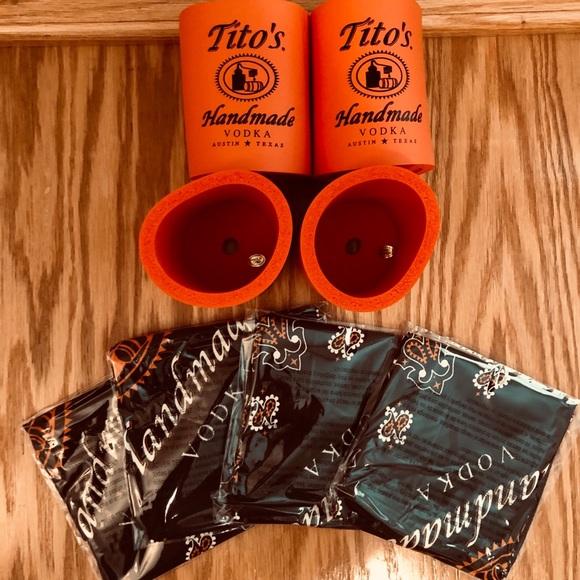 """NWT Tito/'s Handmade Vodka Bandana Scarf Handkerchief  Austin Texas 21/"""" x 21/'"""